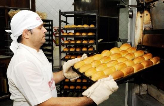 Las panaderias no se adhieren al paro de mañana