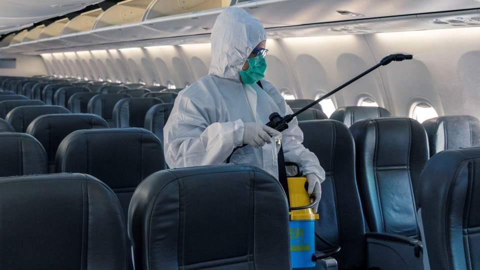 Analizan permitir vuelos cortos para las vacaciones de invierno